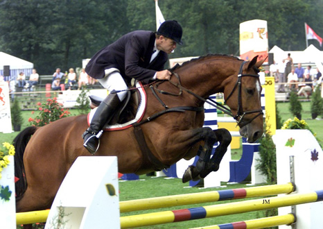 Navarone (Olympic Jus de Pomme - Armstrong)
